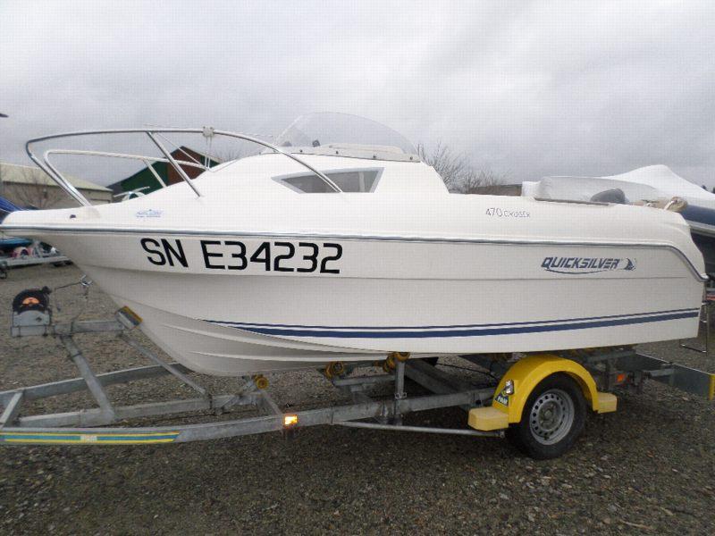 quicksilver activ 470 cabin bateau moteur d 39 occasion lemerle bateaux. Black Bedroom Furniture Sets. Home Design Ideas
