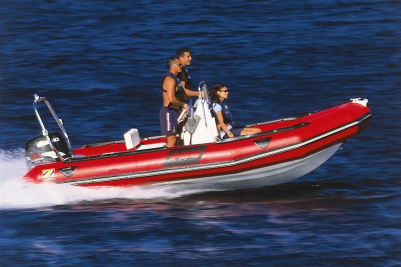 zodiac pro 12 man bateau moteur neuf lemerle bateaux. Black Bedroom Furniture Sets. Home Design Ideas
